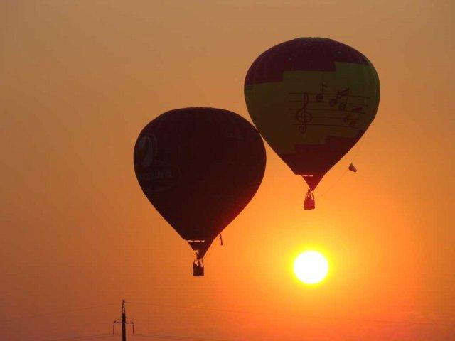 Оригинальные свидания, свидание на воздушном шаре, свидание на высоте